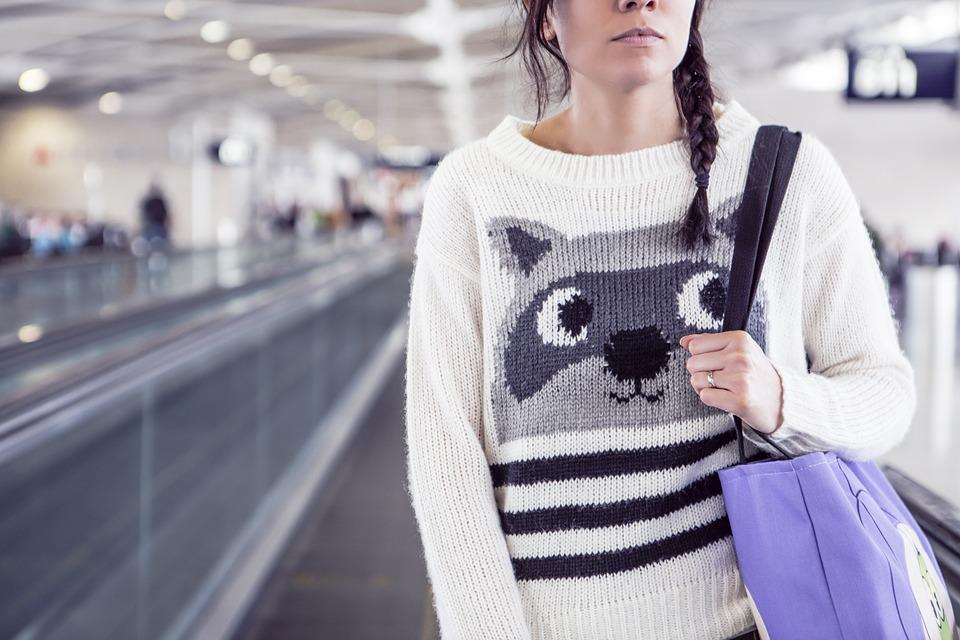 woman-sweaterjpg